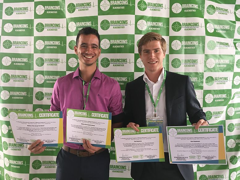 Matheus Silva Gurgel do Amaral (CPE student- pictured left) and Stan Benjamens (MD/PhD student- pictured right) with their awards